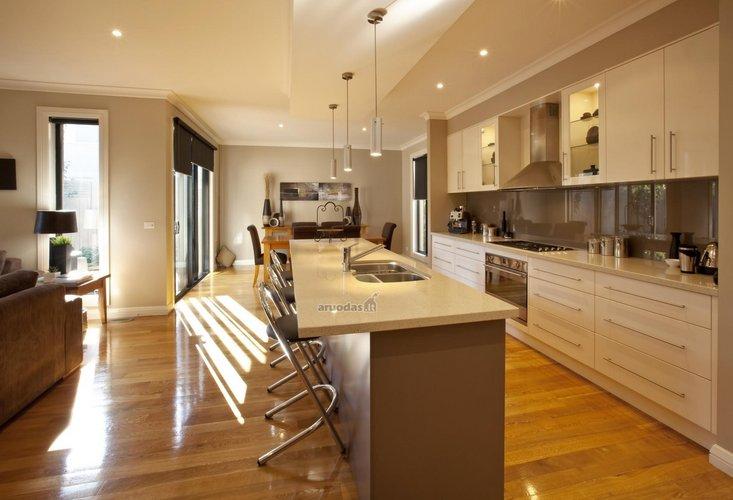 Interjeras, norintiems didelės virtuvės