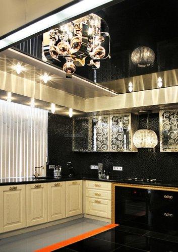Prabangaus stiliaus virtuvė