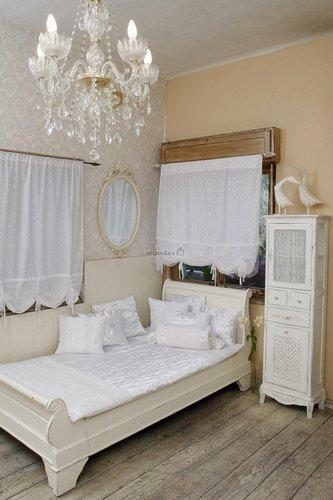 Prabangus, baltas miegamasis