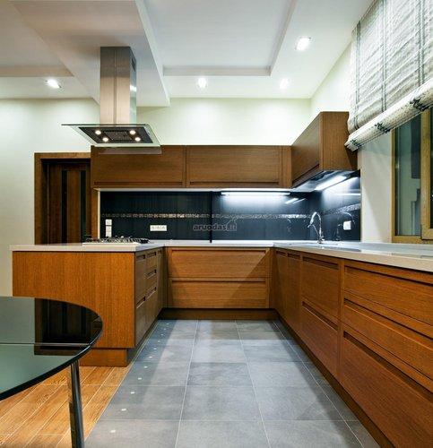 Natūralus medis virtuvėje