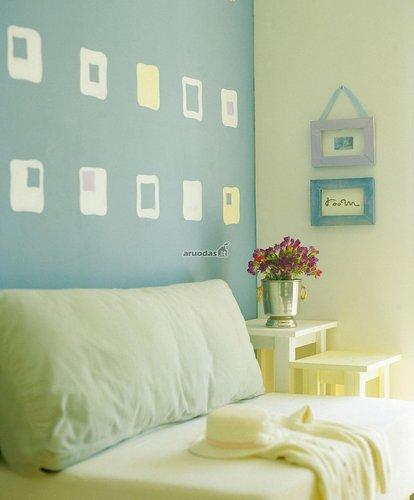 žydra miegamojo siena