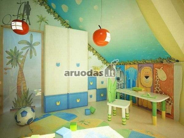 Spalvingas vaiko kambarys