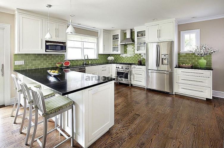 žalių plytų tekstūra virtuvėje