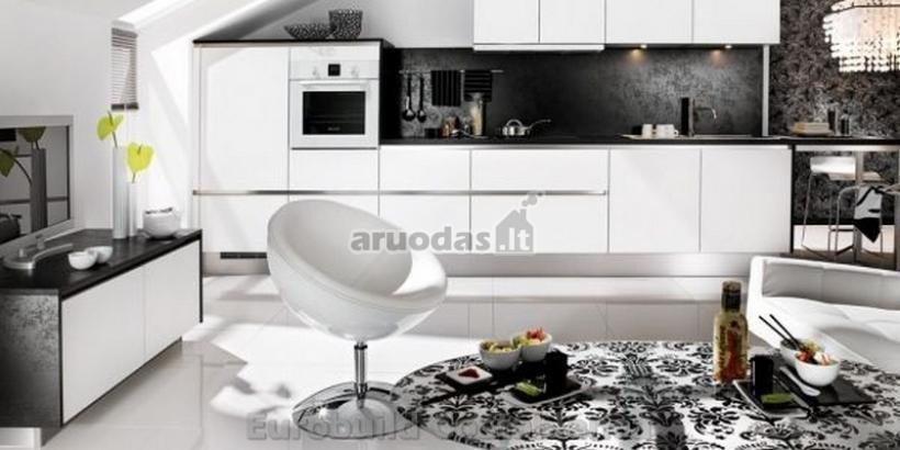 Modernus, juoda - balta virtuvės interjeras