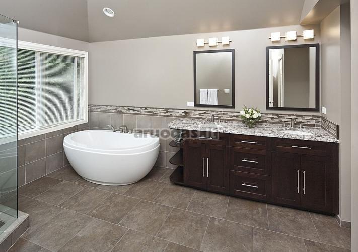Pilkas vonios kambarys