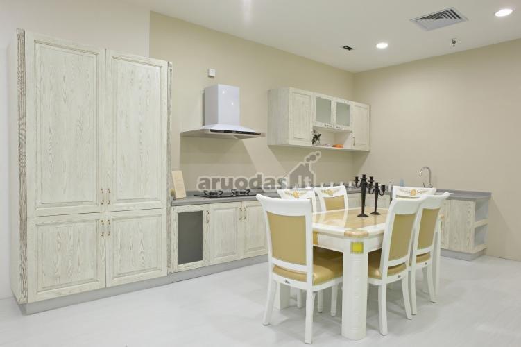 šviesi virtuvės ir valgomojo erdvė