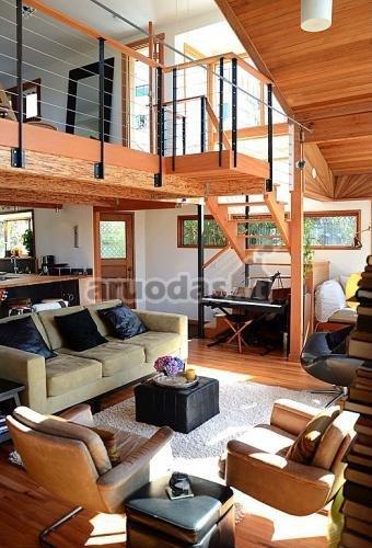 Medinės namo lubos