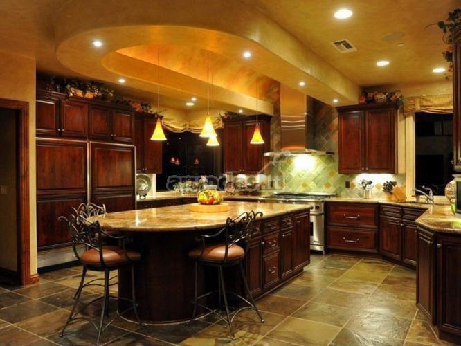 Medinės virtuvinės spintelės