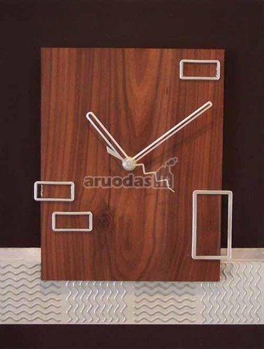 Medinis stačiakampis laikrodis