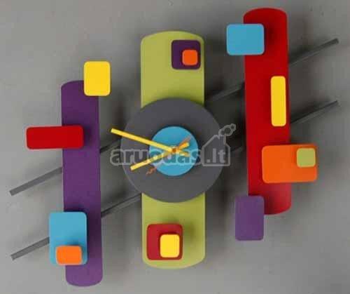 Spalvingi, įvairiaformiai laikrodžiai vaikų kambariui