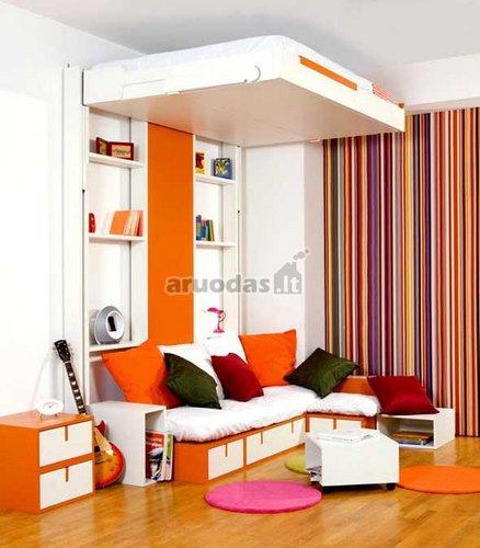 Ryškus paauglio kambarys