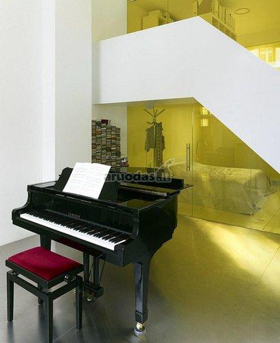 Muzikos instrumentas kaip dekoro detalė