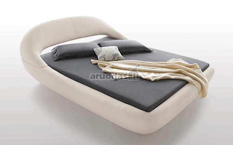 Guminė lova