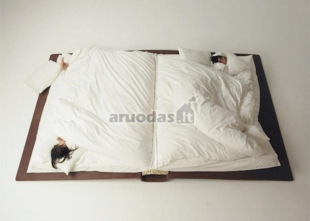 Knygos formos lova