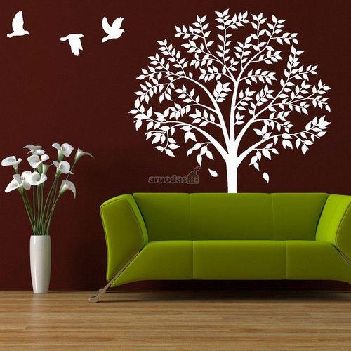 Baltas medis