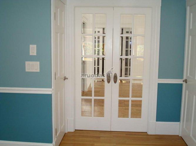 Tradicinės, baltos durys