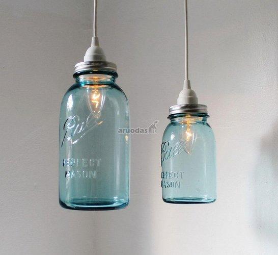 Stiklainių formos šviestuvas