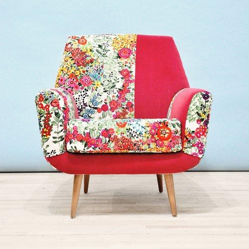 Gėlėtas fotelis