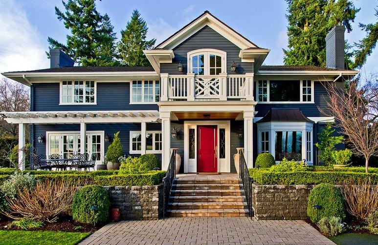 Namų dekoras su patriotiniu atspalviu