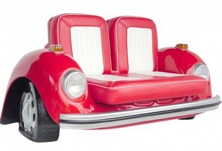 Originalus ir unikalus sofos dizainas: automobilis