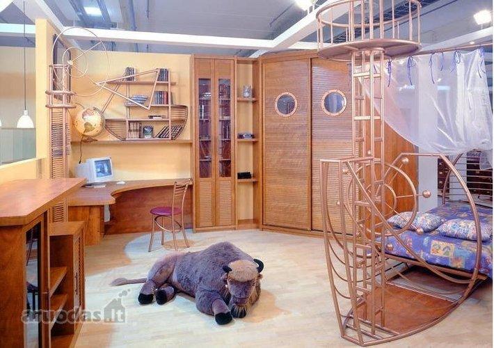Originalaus dizaino berniuko kambarys