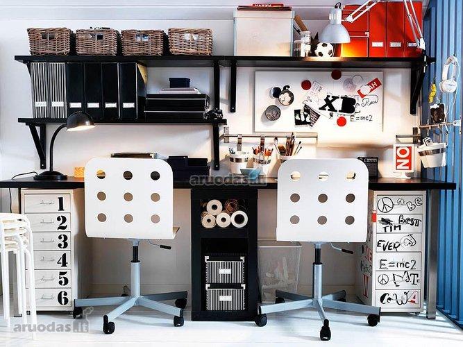 Darbo erdvės dizainas berniuko kambaryje