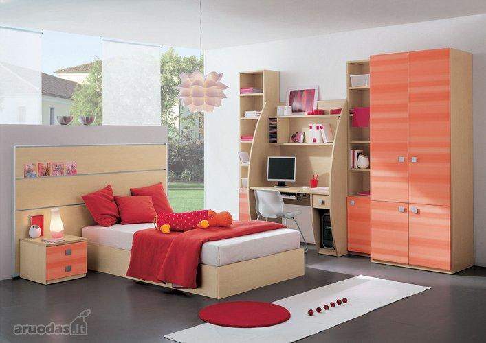 Modernus interjeras mergaitės kambaryje