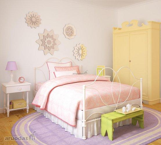 šviesus mergaitės kambarys