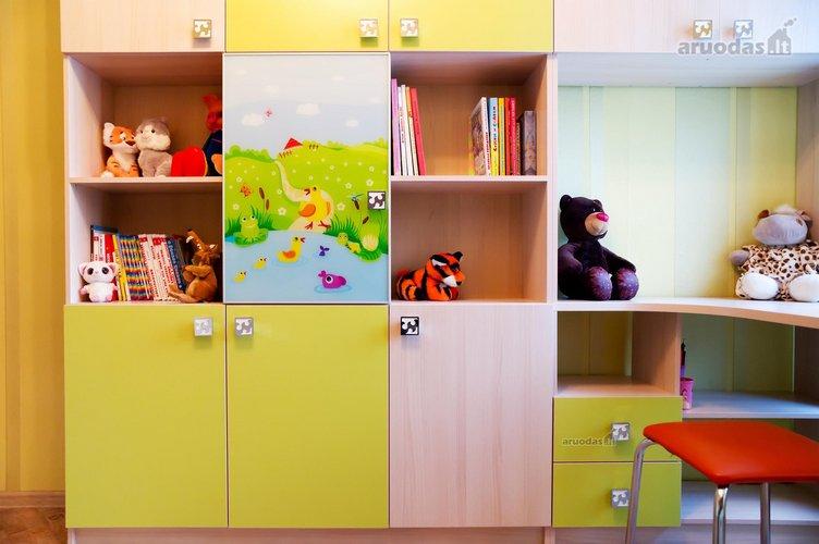 Vaikų kambario spinta