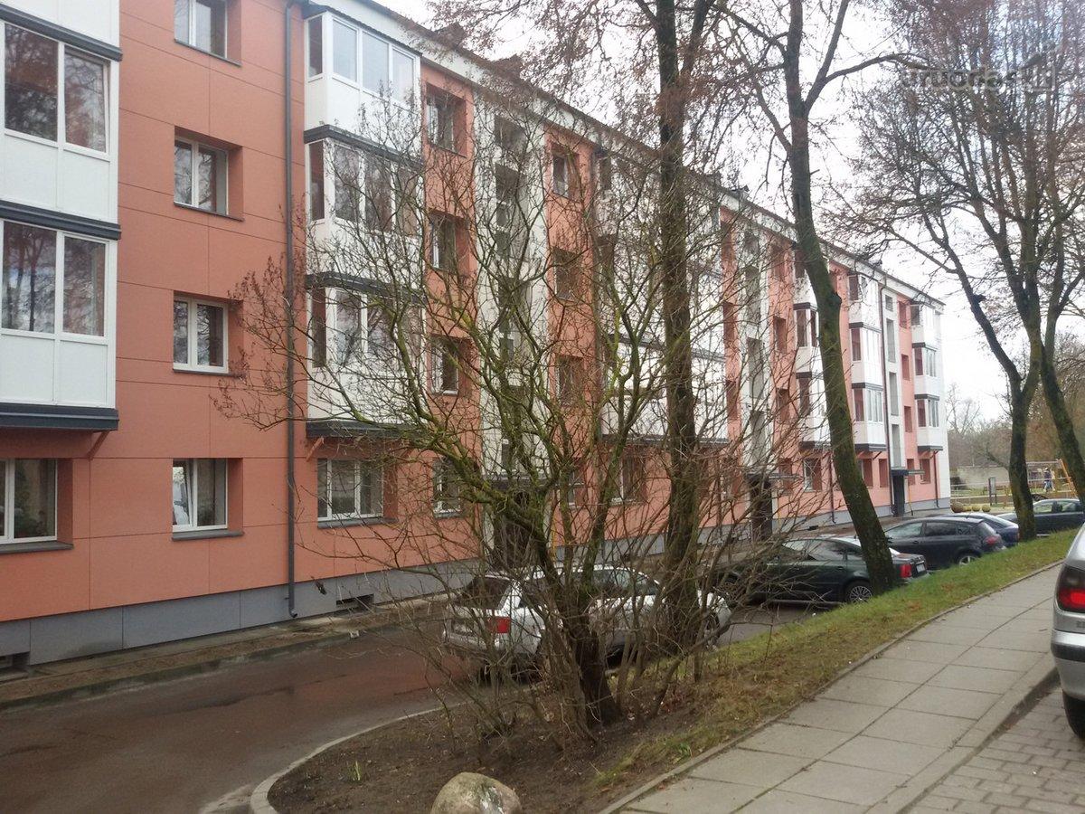 Šiaulių r. sav., Kuršėnų m., Vydūno g., 2 kambarių butas