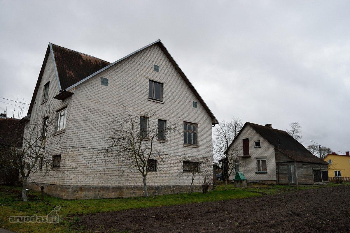 Kelmės m., Lauko g., mūrinis namas