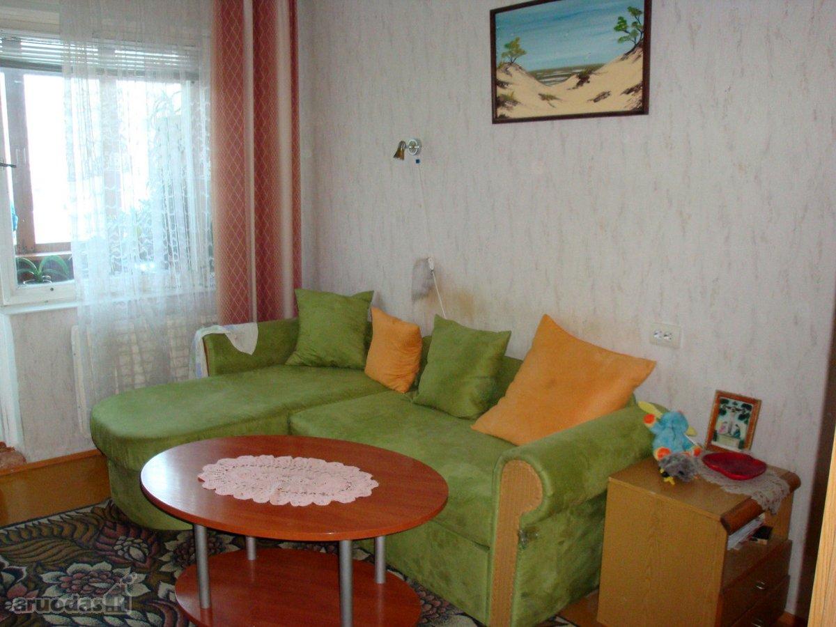 Vilnius, Šeškinė, Čiobiškio g., kambario nuoma 3 kambarių bute