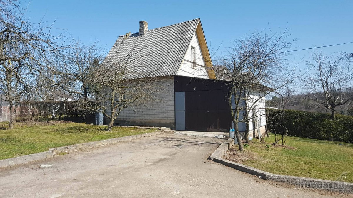 Kaunas, Panemunė, Asiūklių takas, mūrinis sodo namas