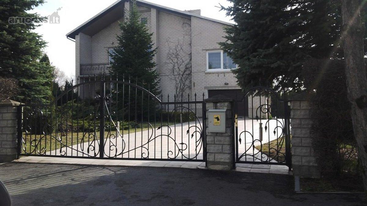 Klaipėdos r. sav., Gargždų m., Vyturių g., mūrinis namas