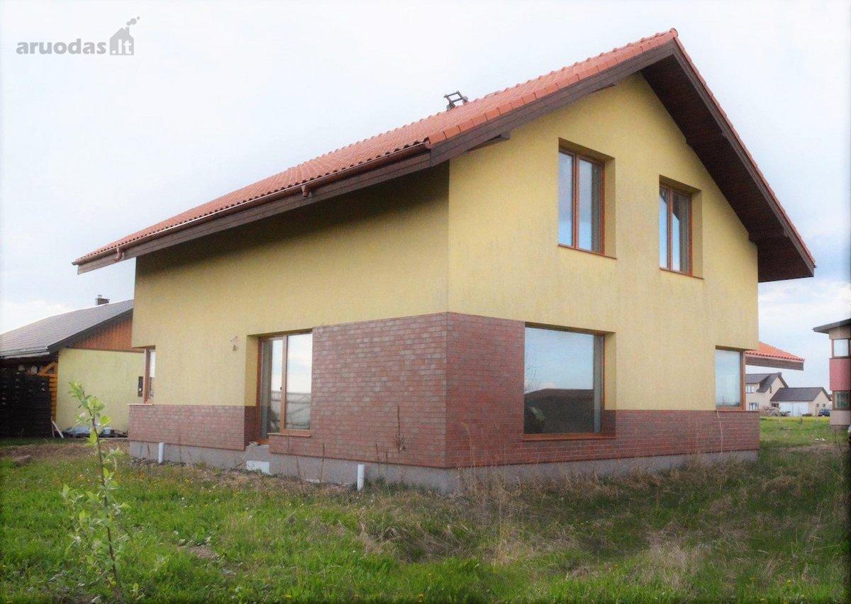 Kauno r. sav., Rokų k., Žibintų g., monolitinis namas