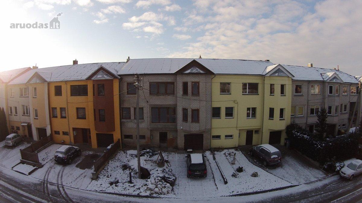 Radviliškio r. sav., Radviliškio m., Saulėtekio g., mūrinis namas