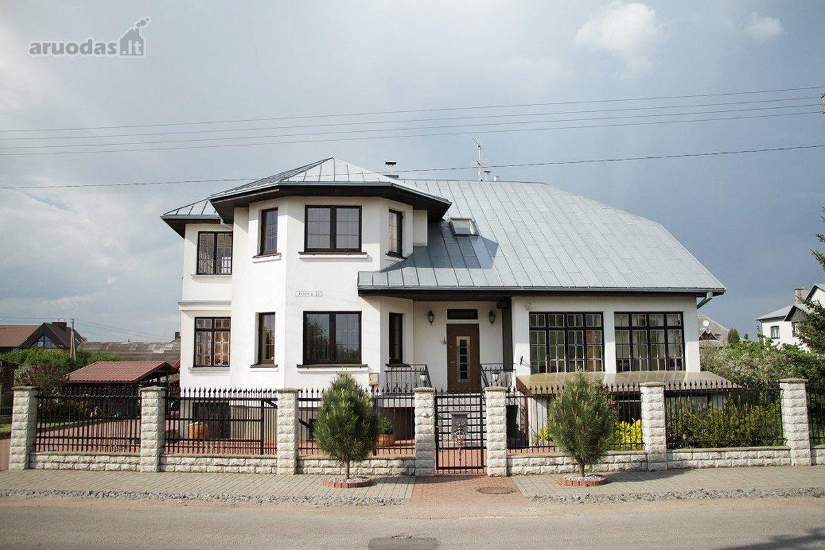 Kauno r. sav., Noreikiškių k., Bičiulių g., mūrinis namas