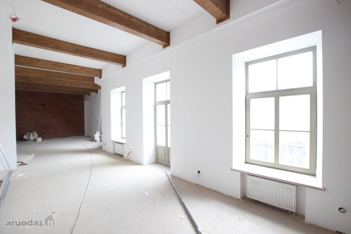 Kaunas, Centras, S. Daukanto g., 4 kambarių butas
