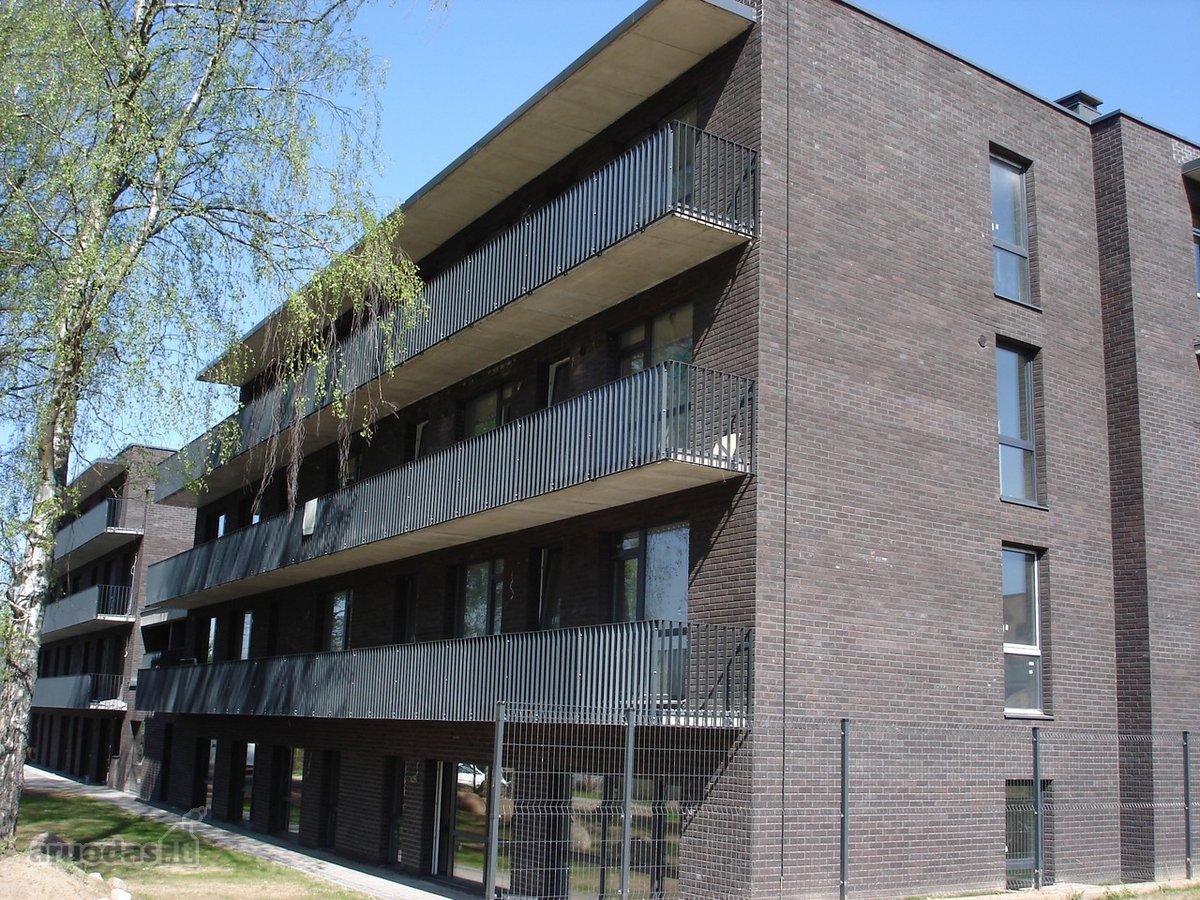Vilnius, Saulėtekis, Pylimėlių g., 3 kambarių butas