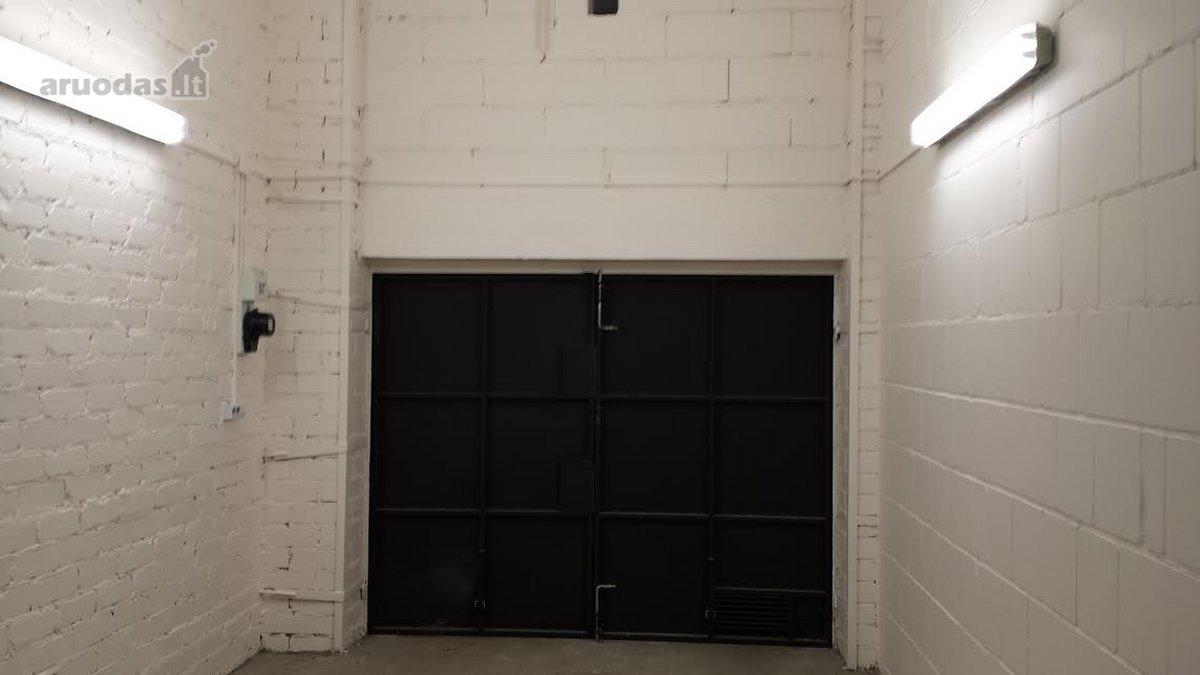 Kaunas, Šilainiai, Baltijos g., mūrinis garažas