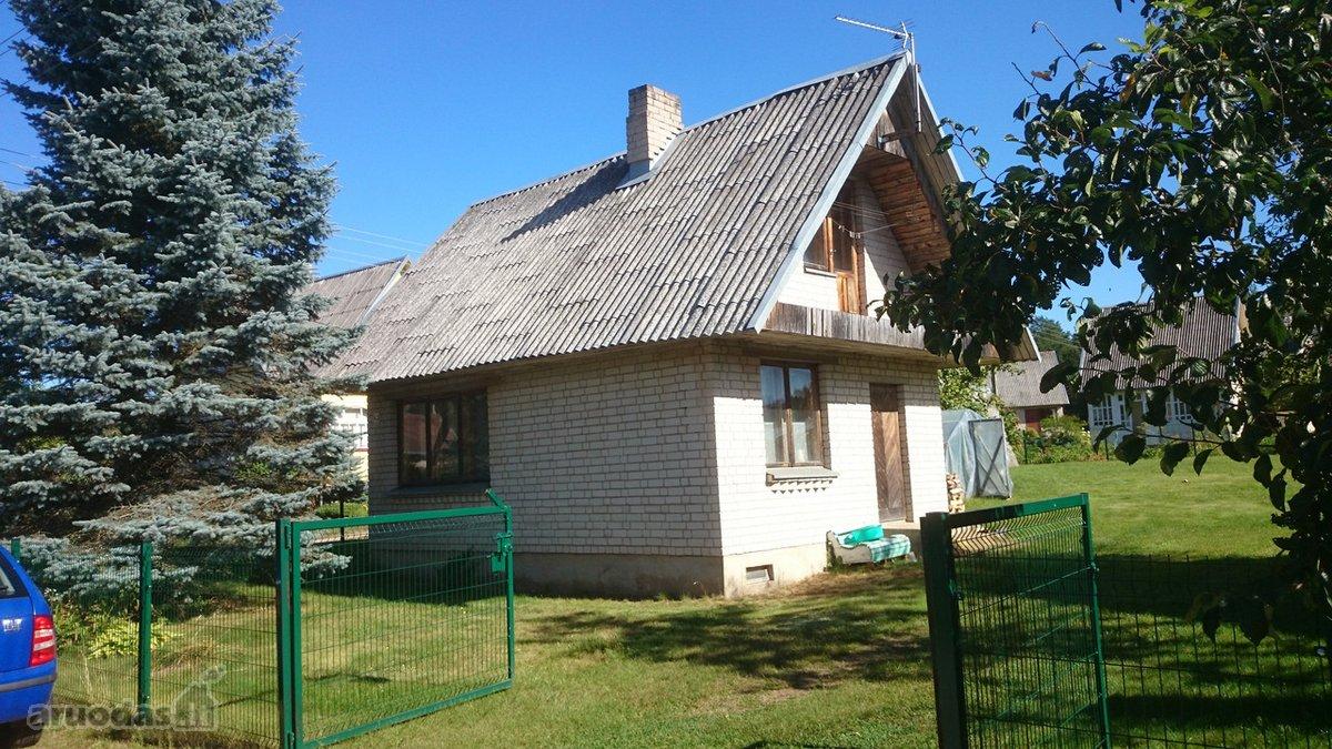 Molėtų r. sav., Juodiškių k., Juodiškių g., mūrinis sodo namas