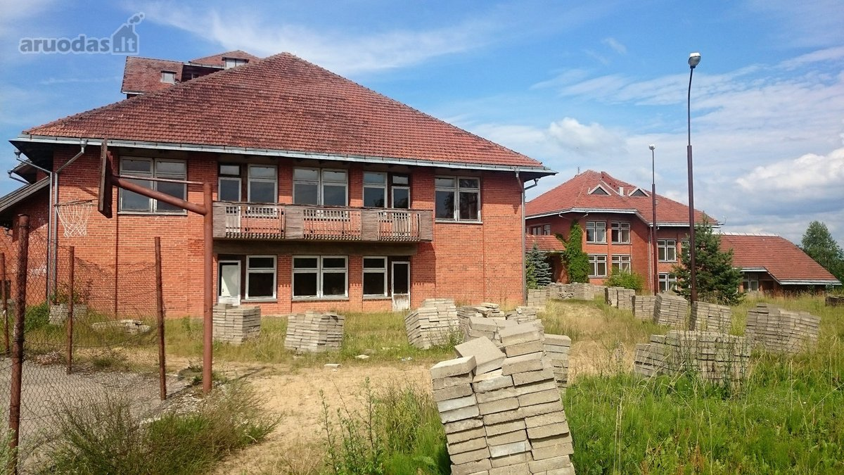 Ignalinos r. sav., Linkmenų k., mūrinis namas