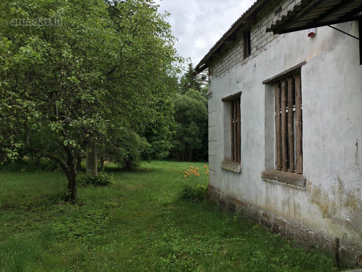 Pagėgių sav., Mociškių k., mūrinis namas