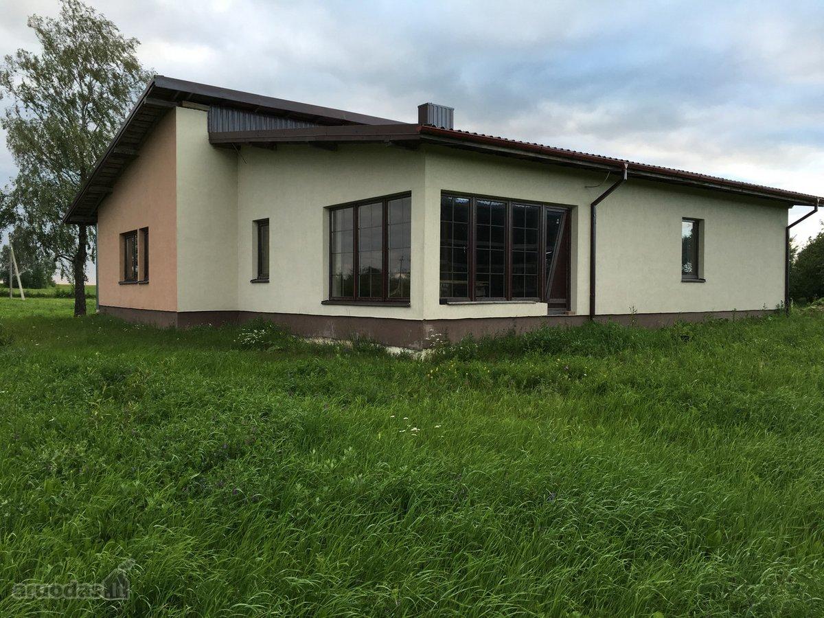 Tauragės r. sav., Kęsčių k., Kęsčių g., mūrinis namas