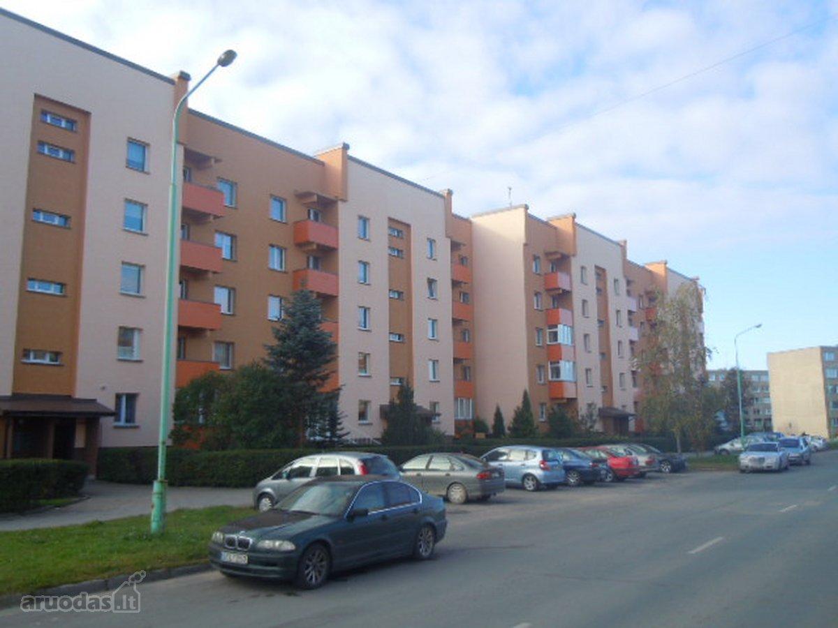 Plungės r. sav., Plungės m., A. Jucio g., 3 kambarių butas