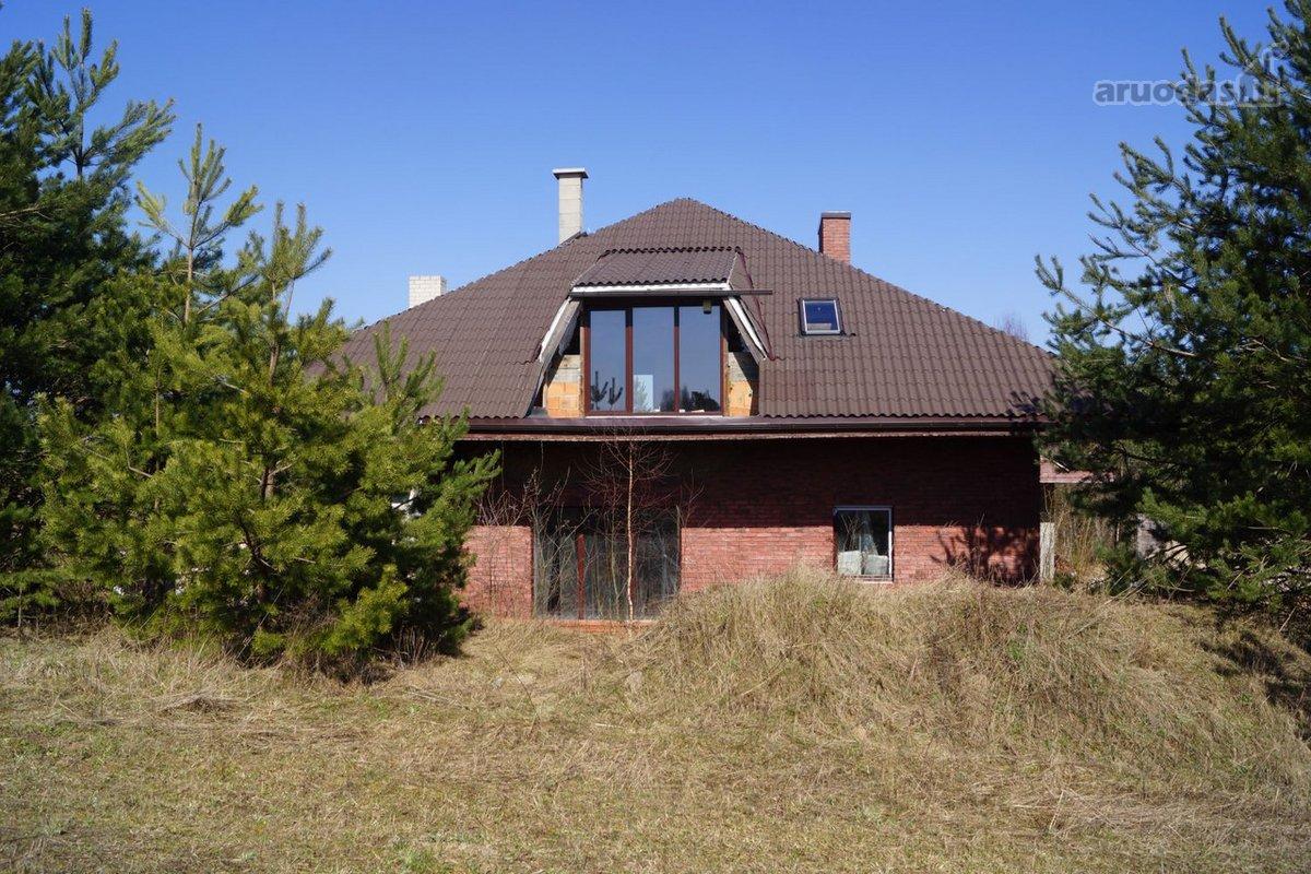 Vilniaus r. sav., Bajorų k., Siauroji g., mūrinis namas