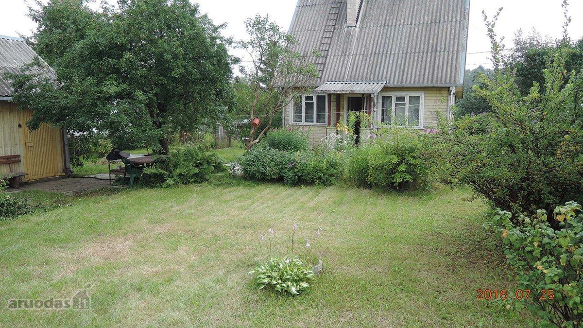 Vilnius, Salininkai, karkasinis sodo namas
