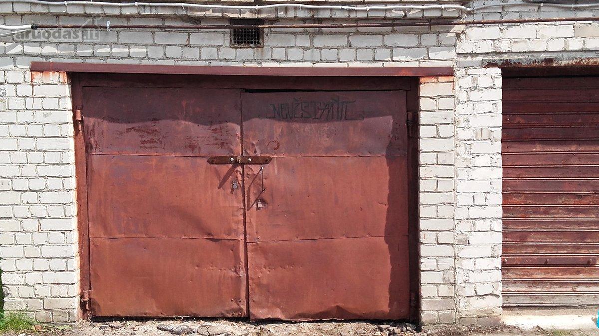 Vilnius, Naujamiestis, K. Kalinausko g., mūrinis garažas