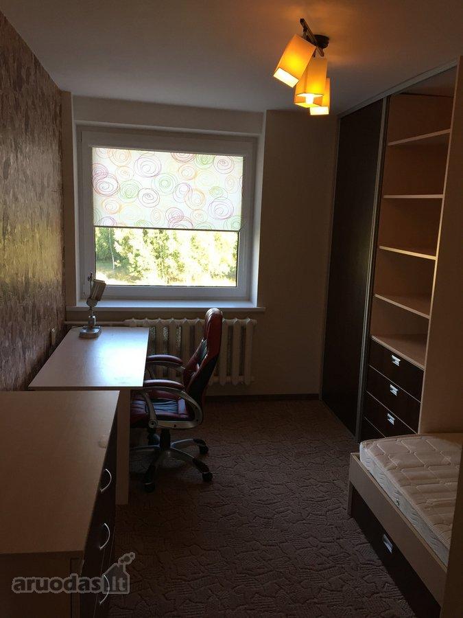 Vilnius, Naujoji Vilnia, Linksmoji g., 3 kambarių butas