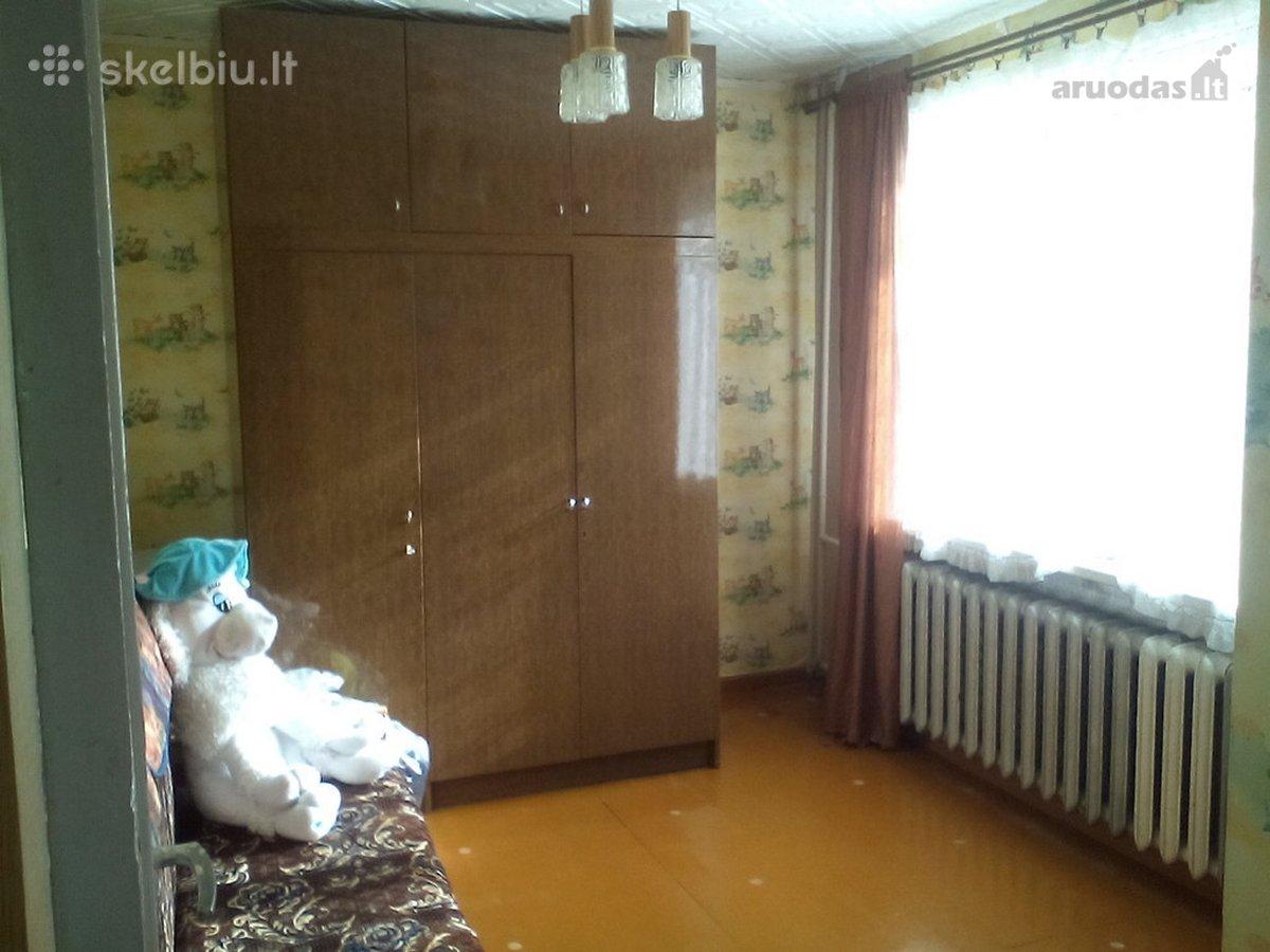 Kelmės m., B. Laucevičiaus g., 4 kambarių butas